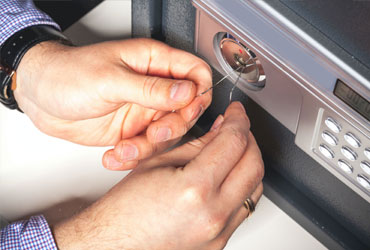 Safe Locksmith